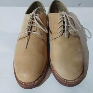 Tan BROOKS BROTHERS Classic Buck Red Sole Shoe 9D